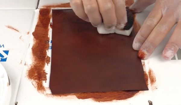 how-to-dye-leather-step-5.jpg